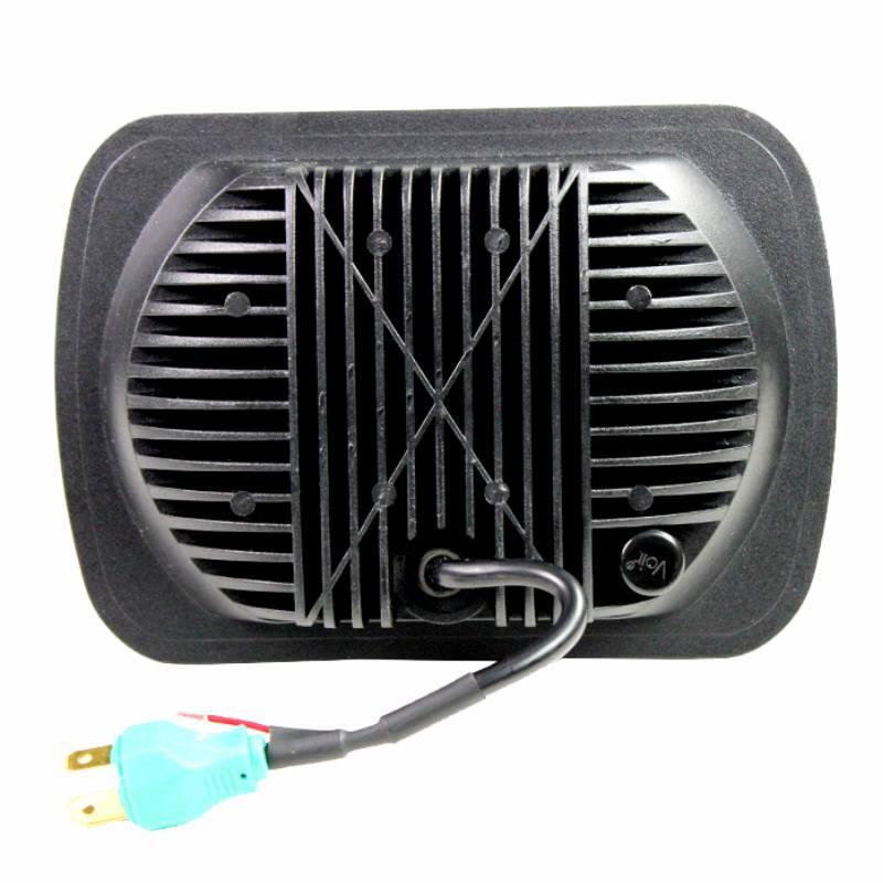 Silvin-7x5-fondo-negro-LED-H4-con-cortesia1